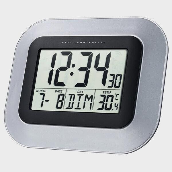 Horloge calendrier à gros chiffres