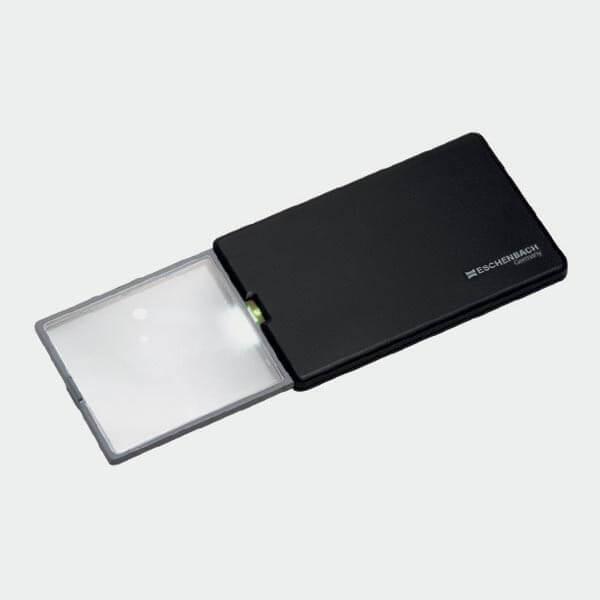 Fine loupe de poche rectangulaire et éclairante